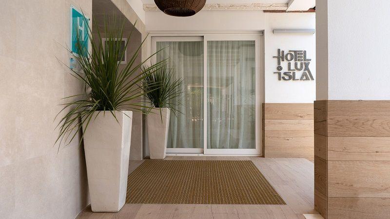 Проекты PORCELANOSA Grupo: отель Lux Isla — обязательная остановка на острове Ибица