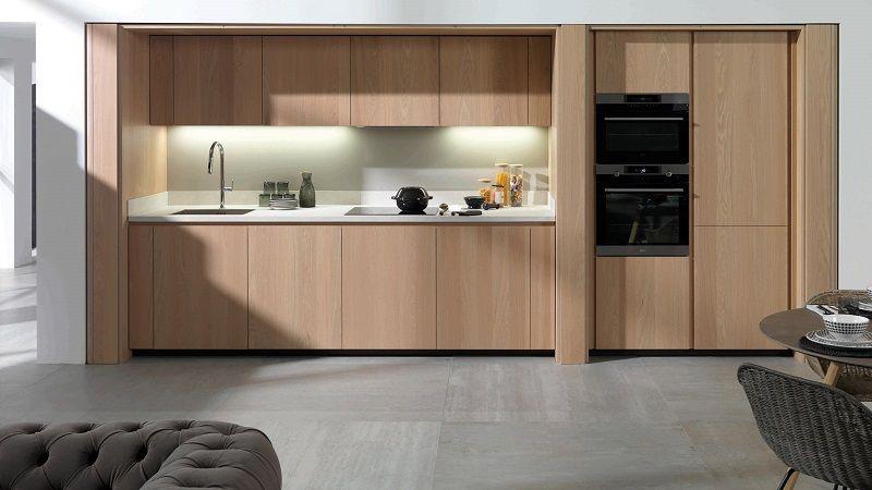 Cersaie 2019: акцент на древесине дуба в новых кухнях и тумбочках для ванных комнат марки Gamadecor