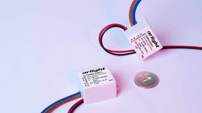 Блок питания ARJ-KE-MINI — для компактных светильников