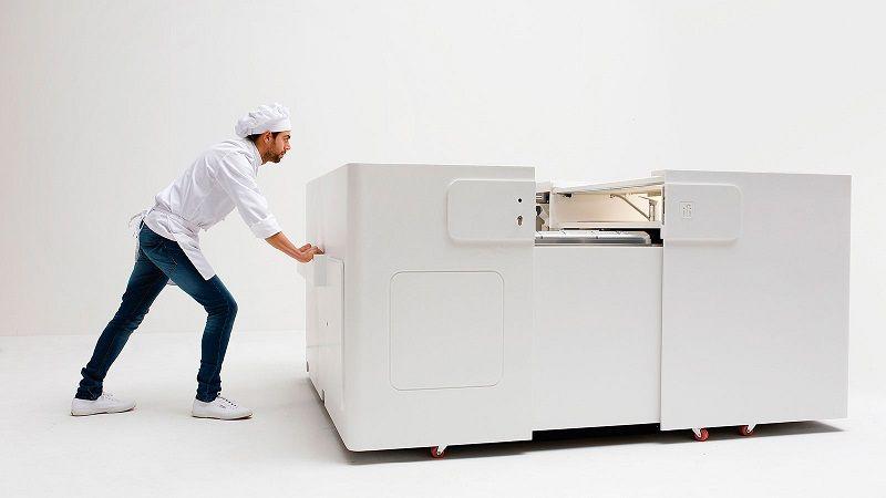 PopApp — компактная и практичная рабочая станция для изготовления мороженого с отделкой из искусственного камня KRION.