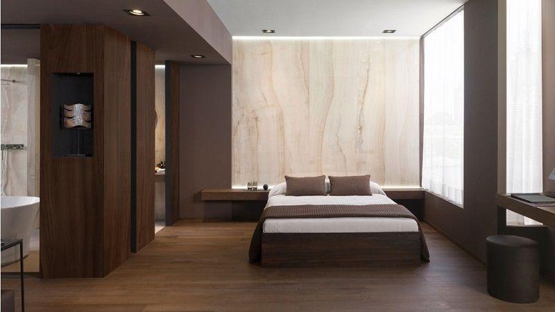 Ambar Beige — керамогранит крупного формата под натуральный мрамор.