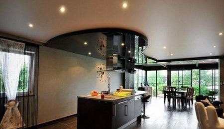 Красивый потолок - лучшая крыша над головой.