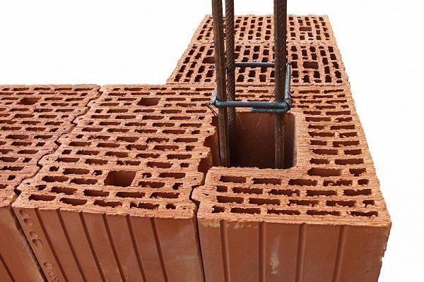 Использование поризованного кирпича в строительстве